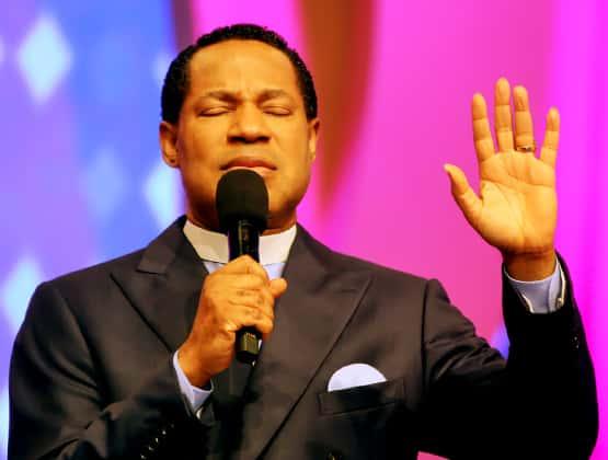pastor-chris-oyakhilome-healing-streams